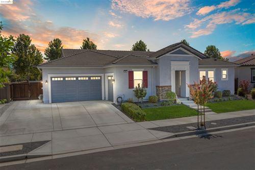 Photo of 382 Stonington Court, Brentwood, CA 94513 (MLS # 40964847)