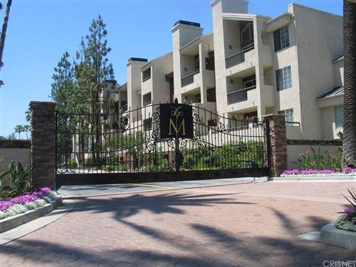 Photo of 5510 Owensmouth Avenue #321, Woodland Hills, CA 91367 (MLS # SR21195859)