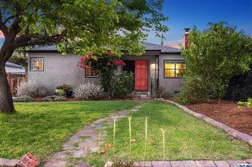 Photo of 11475 Calvert Street, North Hollywood, CA 91606 (MLS # 320006881)