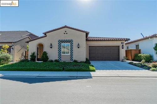 Photo of 2096 Rioja Way, Brentwood, CA 94513 (MLS # 40925883)