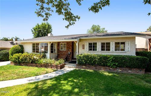 Photo of 7045 Lasaine Avenue, Lake Balboa, CA 91406 (MLS # P1-5911)