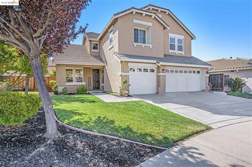 Photo of 704 Ellesmere Ct, Brentwood, CA 94513 (MLS # 40966914)
