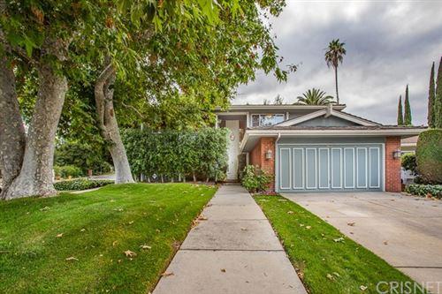 Photo of 4551 De Celis Place, Encino, CA 91436 (MLS # SR20106916)
