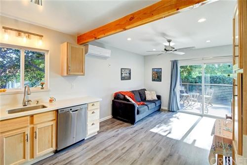 Photo of 15730 Hart Street, Lake Balboa, CA 91406 (MLS # SR21101916)