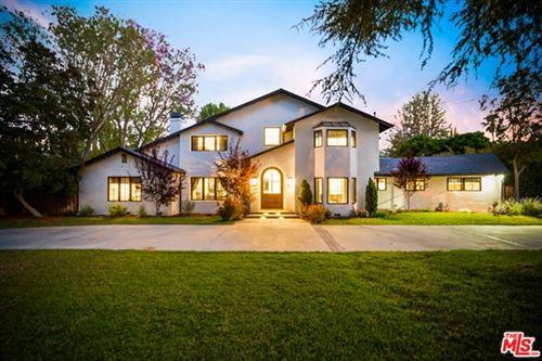 Photo of 23100 Erwin Street, Woodland Hills, CA 91367 (MLS # 21747918)