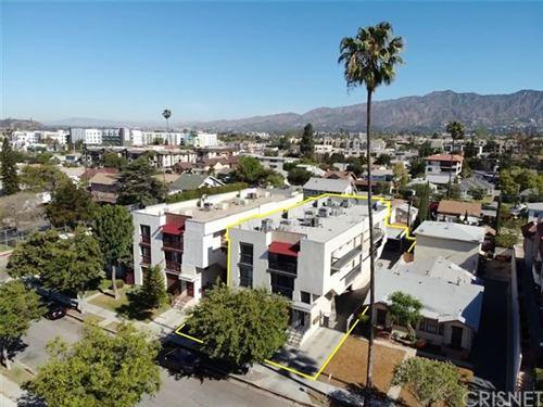 Photo of 425 W Lomita Avenue, Glendale, CA 91204 (MLS # SR21096925)