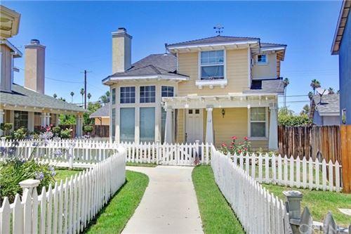 Photo of 7101 Oso Avenue #12, Winnetka, CA 91306 (MLS # SR21101931)