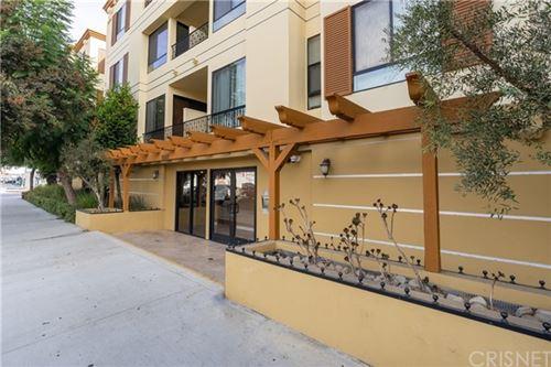 Photo of 6938 Laurel Canyon Boulevard #315, North Hollywood, CA 91605 (MLS # SR20241943)
