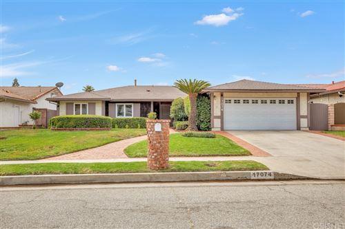 Photo of 17074 Gledhill Street, Northridge, CA 91325 (MLS # SR21196946)