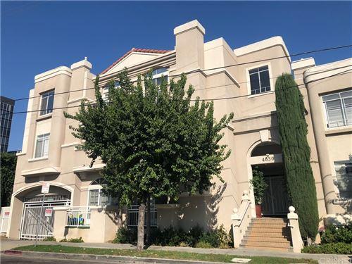 Photo of 4630 Woodley Avenue #105, Encino, CA 91436 (MLS # SR21197949)