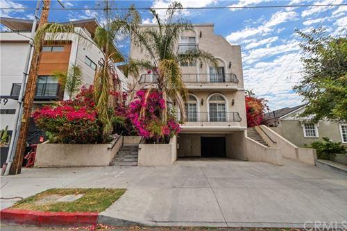 Photo of 10833 Kling Street #5, North Hollywood, CA 91602 (MLS # OC21100954)