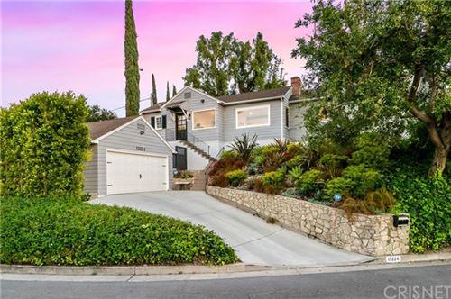 Photo of 15224 Del Gado Drive, Sherman Oaks, CA 91403 (MLS # SR21103960)