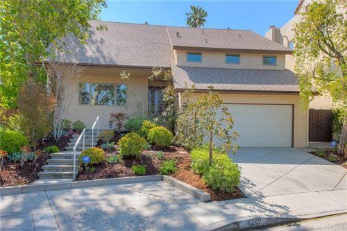 Photo of 4262 Levitt Lane, Sherman Oaks, CA 91403 (MLS # SR21200987)