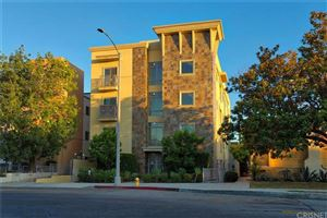 Photo of 10762 CAMARILLO Street #3, Toluca Lake, CA 91602 (MLS # SR19165034)