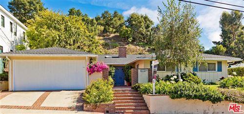 Photo of 914 LAS PULGAS Road, Pacific Palisades, CA 90272 (MLS # 19502042)