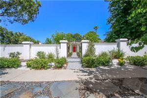 Photo of 5400 SHIRLEY Avenue, Tarzana, CA 91356 (MLS # SR19175050)