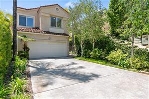 Photo of 909 CALLE LA PRIMAVERA, Glendale, CA 91208 (MLS # 819004103)