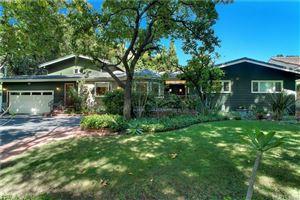 Photo of 4806 TOPEKA Drive, Tarzana, CA 91356 (MLS # SR19172152)
