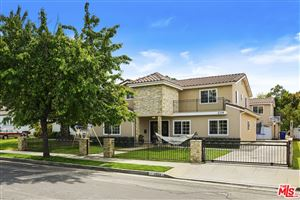 Photo of 2334 33RD Street, Santa Monica, CA 90405 (MLS # 19454182)