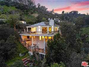 Photo of 10208 CIELO Drive, Beverly Hills, CA 90210 (MLS # 19476218)
