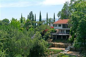 Photo of La Canada Flintridge, CA 91011 (MLS # 819003247)