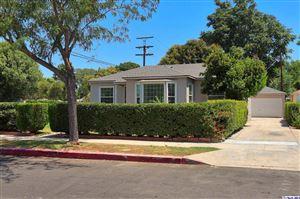 Photo of 6384 ZELZAH Avenue, Encino, CA 91316 (MLS # 319003298)