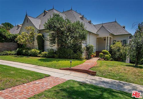 Photo of 11186 MONTANA Avenue, Los Angeles , CA 90049 (MLS # 19497384)