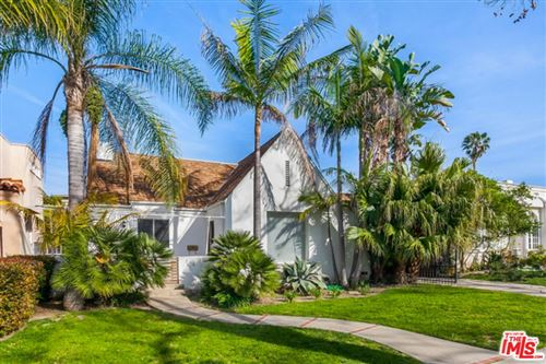 Photo of 316 South OAKHURST Drive, Beverly Hills, CA 90212 (MLS # 19467432)