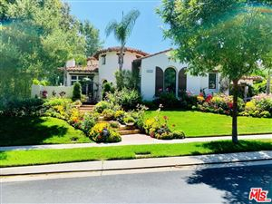 Photo of 4030 PRADO DE LA MARIPOSA, Calabasas, CA 91302 (MLS # 19490454)