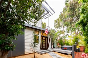 Photo of 809 WARREN Avenue, Venice, CA 90291 (MLS # 19492492)