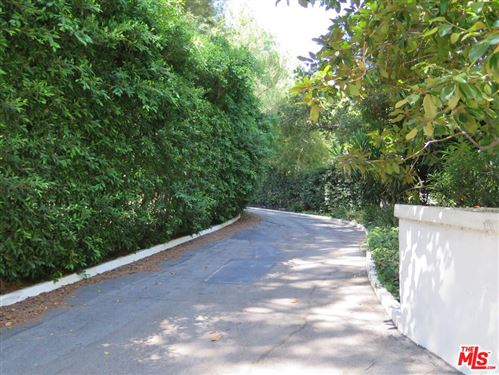 Photo of 1195 TOWER GROVE Drive, Beverly Hills, CA 90210 (MLS # 19486494)