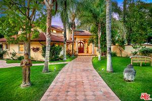 Photo of 5316 LUBAO Avenue, Woodland Hills, CA 91364 (MLS # 19469554)