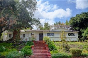 Photo of 3885 ROYAL WOODS Drive, Sherman Oaks, CA 91403 (MLS # SR19057652)