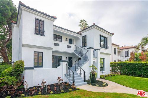 Photo of 854 North HARPER Avenue, Los Angeles , CA 90046 (MLS # 19504694)