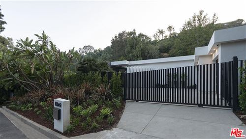 Photo of 1049 LOMA VISTA Drive, Beverly Hills, CA 90210 (MLS # 19464752)