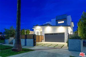 Photo of 616 North FULLER Avenue, Los Angeles , CA 90036 (MLS # 19492780)