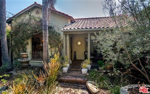 Photo of 350 North LAUREL Avenue, Los Angeles , CA 90048 (MLS # 19497806)