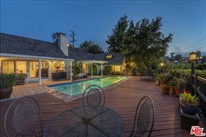 Photo of 13195 CHELTENHAM Drive, Sherman Oaks, CA 91423 (MLS # 19474852)