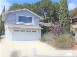 Photo of 3811 ARNELL Place, Glendale, CA 91214 (MLS # 319001891)