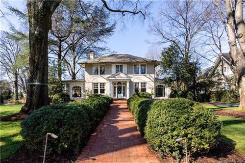 Photo of 1042 Queens Road W, Charlotte, NC 28207 (MLS # 3591194)