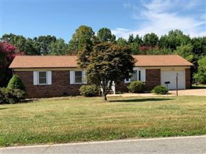 Photo of 5609 Valley Field Road, Hickory, NC 28602 (MLS # 3533417)