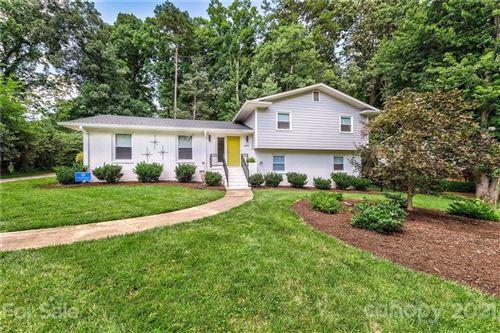 Photo of 6419 Morven Lane, Charlotte, NC 28270-5959 (MLS # 3762625)