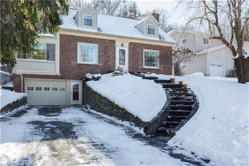 Photo of 220 Edgemont Drive, Syracuse, NY 13214 (MLS # S1316593)