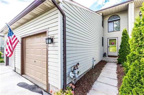 Photo of 189 Lookout Circle, Syracuse, NY 13209 (MLS # S1272634)