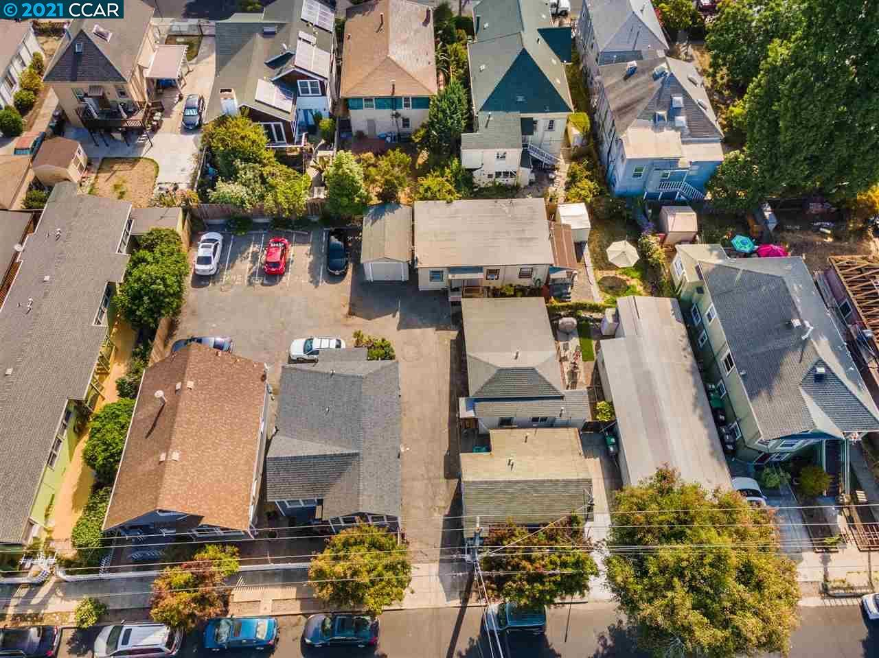 Photo of 5512 Beaudry St, EMERYVILLE, CA 94608 (MLS # 40960071)