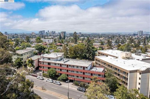 Photo of 1985 Pleasant Valley Ave, Oakland, CA 94611 (MLS # 40961172)