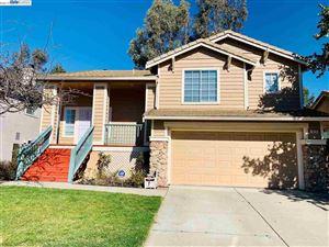 Photo of 515 Westaire Blvd, MARTINEZ, CA 94553 (MLS # 40857325)