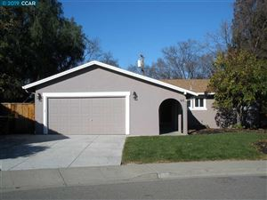 Photo of 66 Marquette Ct, CLAYTON, CA 94517 (MLS # 40849364)