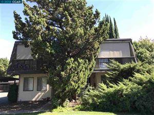 Photo of 2714 Jones Rd, WALNUT CREEK, CA 94597 (MLS # 40843418)