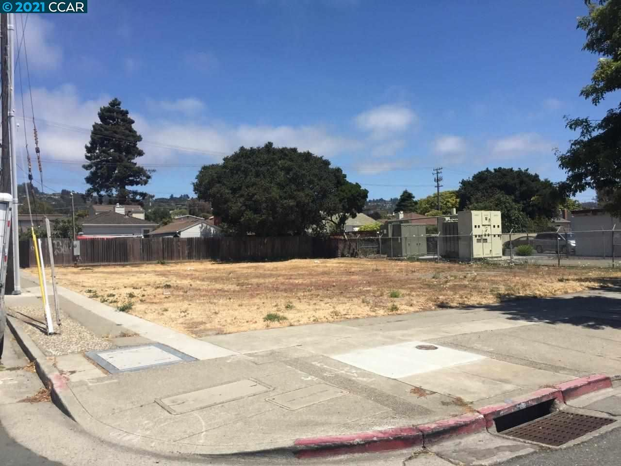 Photo of 10496 San Pablo Ave, El Cerrito, CA 94530 (MLS # 40960494)